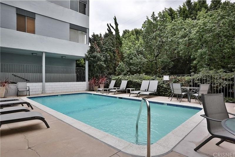 7259 Hillside #205, Los Angles, California 90034, ,Condo,For Sale,Hillside #205,2,1003